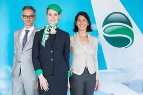 v.l.n.r Markus Alwast (Germania), Flugbegleiterin (Germania) und Ursula Muss (Q Corporate Fashion) © Stephan Pramme, Germania
