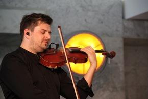 Stefan Krznaric während der Adventsmatinée