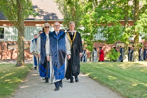 The procession to the venue was headed by  Jacobs University's new President Professor  Michael Hülsmann. Photo: Jacobs University