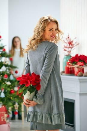 Pssst, nicht verraten! Ein Weihnachtsstern ist eine schöne Überraschung für Jung und Alt.