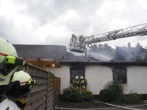 FW-BOT: Bottrop; Brand eines Wohnhauses