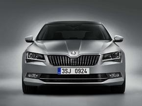 Der neue SKODA Superb: Messepremiere in Genf - Einstiegspreis 24.590 Euro