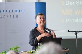 Dr. Daniela Klimke beleuchtete die Krise des bzw. der Sexuellen und die Wirkkraft von Skandalen.