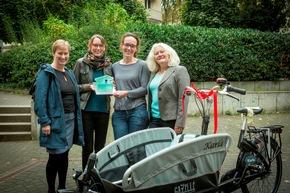 Bettina Jorzik vom Stifterverband, Stefanie Vogt und Melanie Werner von der TH Köln, sowie Daniela Mägdefessel vom Stifterverband (v.l.) (Foto: Heike Fischer/TH Köln)