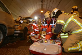 Zusammenarbeit von Rettungsdienst und Feuerwehr