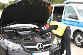 Kontrolle Fahrgestellnummer