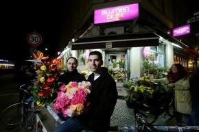Das Fleurop-Partnergeschäft ?Blumen Dilek? in Berlin hat rund um die Uhr 24 Stunden am Tag geöffnet. Bild: Blumen Dilek