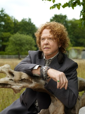 Mick Hucknall de Simply Red - Une superstar pour Art on Ice