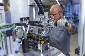 AKA Produktion Serien-Batteriesysteme Langen Foto Akasol - Alexander Heimann 22