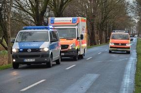Polizei und Rettungsdienst vor Ort
