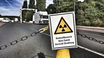 Der Röntgen-LKW des Zolls durchleuchtete 20 Laster und Transporter.
