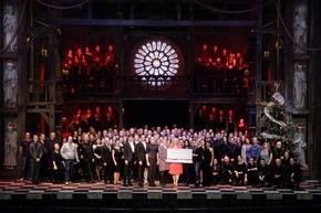 Apollo Theater, Stage Entertainment, Stuttgart, 3.12.2018: Weihnachten in Notre Dame - Das Benefizkonzert. Der Erlös geht an das Kinder– und Jugendhospiz Stuttgart   (Fotograf: Stage Entertainment/Jan Potente)