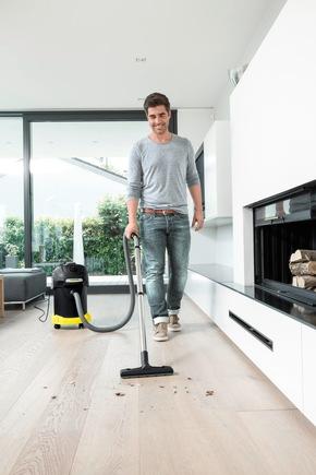 Dank Saugrohr und Bodendüse ist der AD 4 Premium auch ein vollwertiger Trockensauger der Energieeffizienzklasse A+.