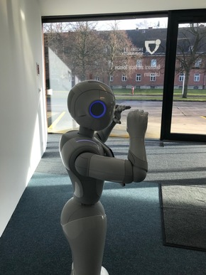 ANIMATAS aims to promote innovative educational methods using state-of-the-art robotics and artificial intelligence © Jacobs University