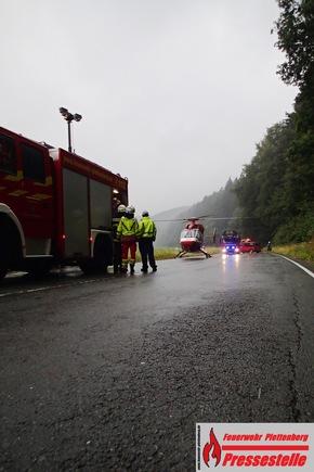 Rettungshubschrauber Christoph Dortmund verbrachte einen der Verletzten in eine Unfallklinik nach Dortmund