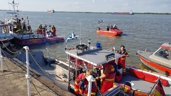 Großaufgebot an Rettungsbooten vor Ort