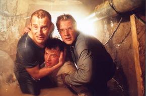 FILMFILM: Der Tunnel, Drama, D, 2000, Sendetermin: Samstag, den 10.12.2005 um 20.15 Uhr in Sat.1. Mit letzter Kraft retten ...