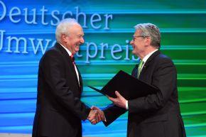 """Gauck: """"Mit Beharrlichkeit, Ideenreichtum und Weitblick andere Menschen ermutigt"""""""