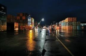 Polizeipräsidium Einsatz: POL-Einsatz: Betriebsunfall im Hafen Stuttgart - Containerterminal - 70173 Stuttgart