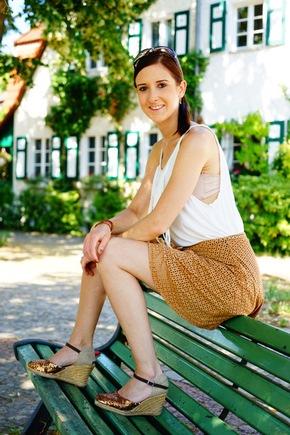 LARISSA SARAND -  Autorenfoto - © Konstantin Zander