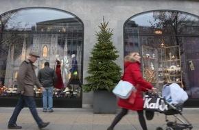Risiko Weihnachtseinkauf: 14 Millionen Verbraucher finanzieren Weihnachtseinkäufe per Dispo für 8 Prozent Zinsen