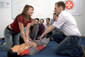 Neue Bilder zur Ersten Hilfe und zum Rettungsdienst