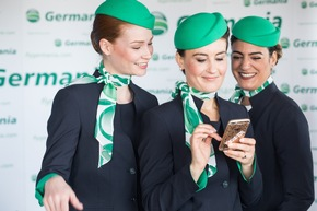 Germania-Flugbegleiterinnen während der Präsentation der neuen Uniformen in Berlin © Stephan Pramme, Germania