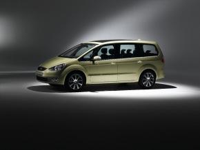 Knapp ein Jahr bevor Ford den voellig neu entwickelten Ford Galaxy zur Jahresmitte 2006 auf den Markt bringen wird, koennen ...