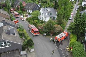 FW Mettmann: Einfamilienhaus in Mettmann nach Vollbrand unbewohnbar