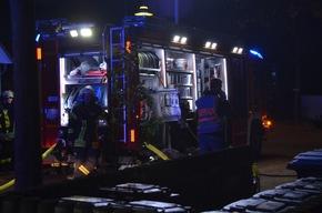 Feuerwehr und Polizei am Einsatzort