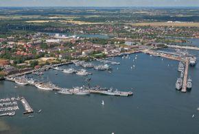 Archivbild: Laufaufnahme des Marinestützpunkt Kiel. Foto: Deutsche Marine.