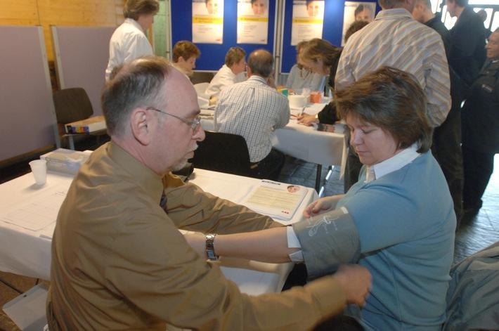 ABB gewinnt Corporate Health Award 2009 - Vorbildliches Gesundheitsmanagement ausgezeichnet (mit Bild)