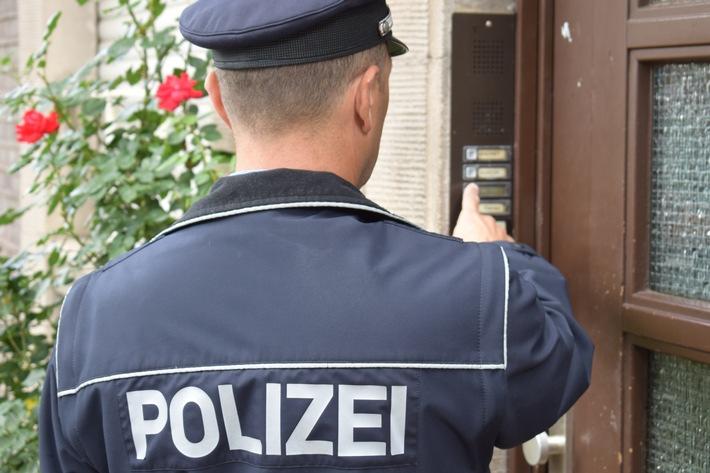 Immer häufiger vor der Tür: falsche Polizisten