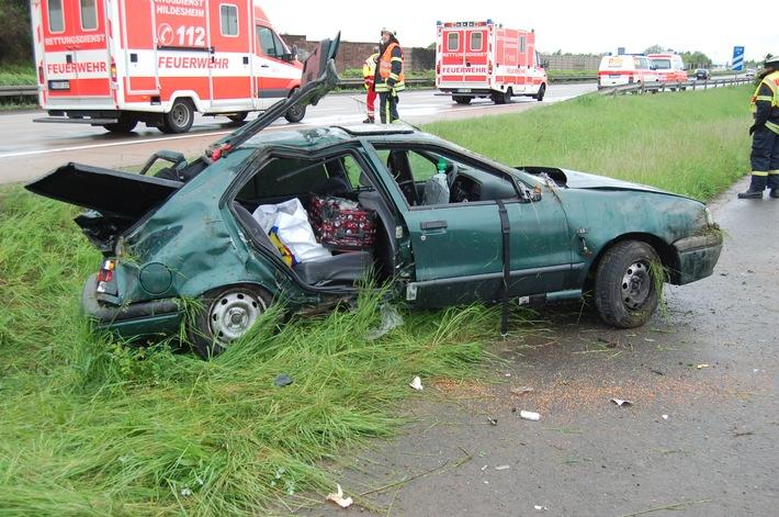 POL-HI: Schwerer Verkehrsunfall auf der A 7 bei  Hildesheim