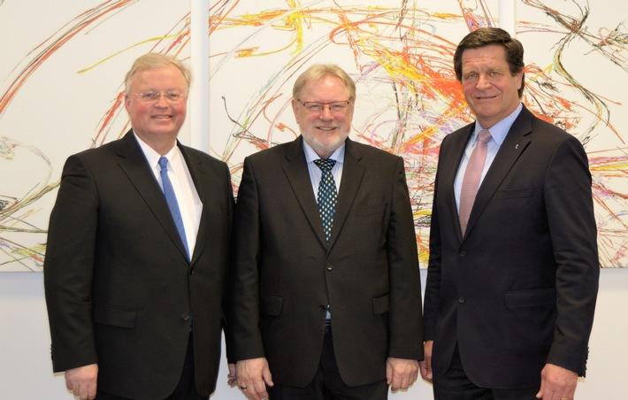 Kunststoffe in der Kreislaufwirtschaft - Deutsche Kunststoffbranche bezieht gemeinsam Position