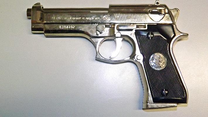 beschlagnahmte Feuerzeugpistole