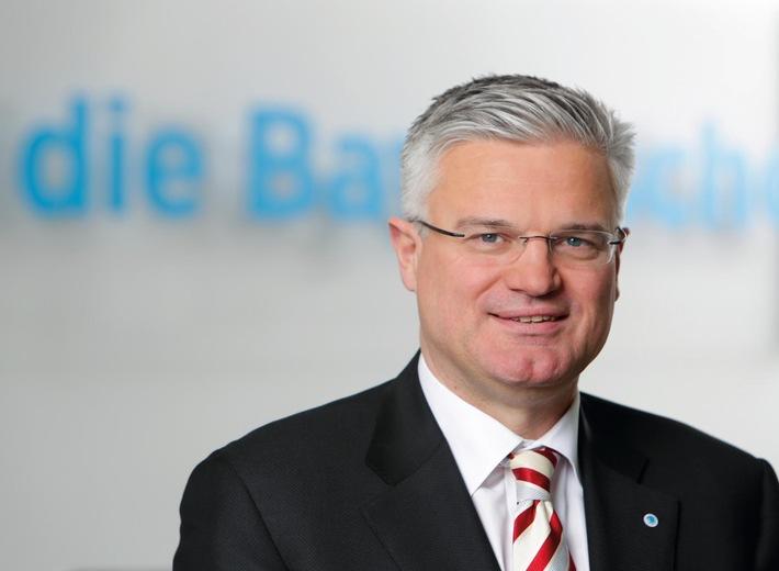 Versicherungsgruppe die Bayerische setzt auf Cloud-Technologie der Novum GmbH
