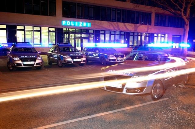 POL-REK: Hoher Sachschaden nach Verkehrsunfall  - Kerpen