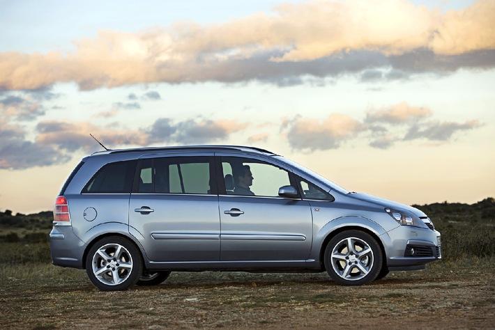 Weltpremiere auf dem 75. Genfer Automobilsalon - Der neue Zafira: Die zweite Generation des Kompaktvan-Trendsetters