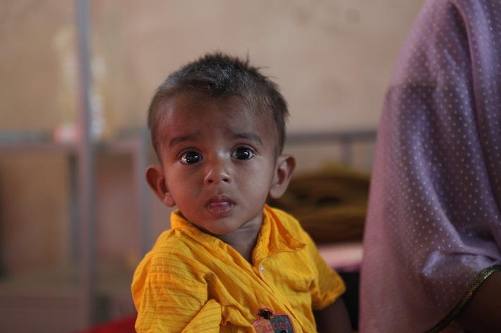 Der aufkommende Monsun verschärft vor allem die Not der Kleinsten im größten Flüchtlingslager der Welt in Bangladesch.