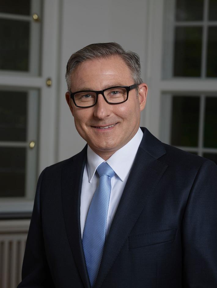 """Bauchemiehersteller Ardex beteiligt sich mehrheitlich an Wakol / CEO Mark Eslamlooy verfolgt nachhaltigen Wachstumskurs - """"Konsolidierung und Internationalisierung der Bauchemiebranche geht weiter"""""""