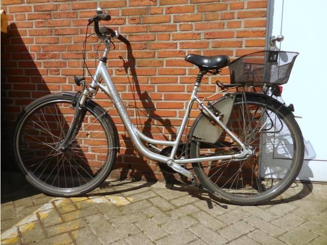 Es wird der Eigentümer dieses Fahrrades gesucht