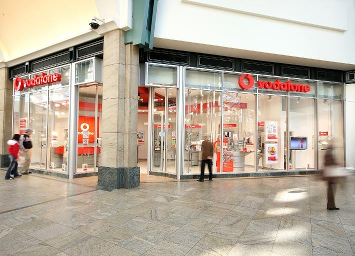 Vodafone Zentrale, CeBIT-Stand und Shop