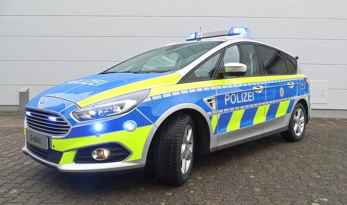 """Polizei in Nordrhein-Westfalen fährt zukünftig Ford S-MAX Funkstreifenwagen / Weiterer Text über ots und www.presseportal.de/nr/6955 / Die Verwendung dieses Bildes ist für redaktionelle Zwecke honorarfrei. Veröffentlichung bitte unter Quellenangabe: """"obs/Ford-Werke GmbH/UB"""""""