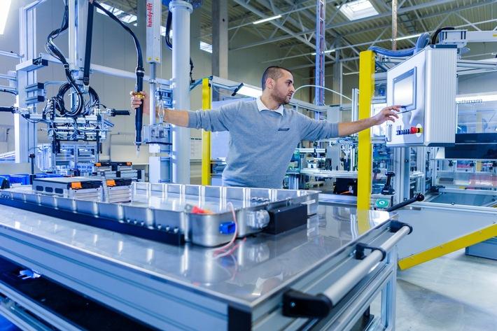 AKA Produktion Serien-Batteriesysteme Langen Foto Akasol - Alexander Heimann 4