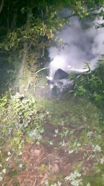 POL-BS: Pkw brannte nach Unfall komplett aus