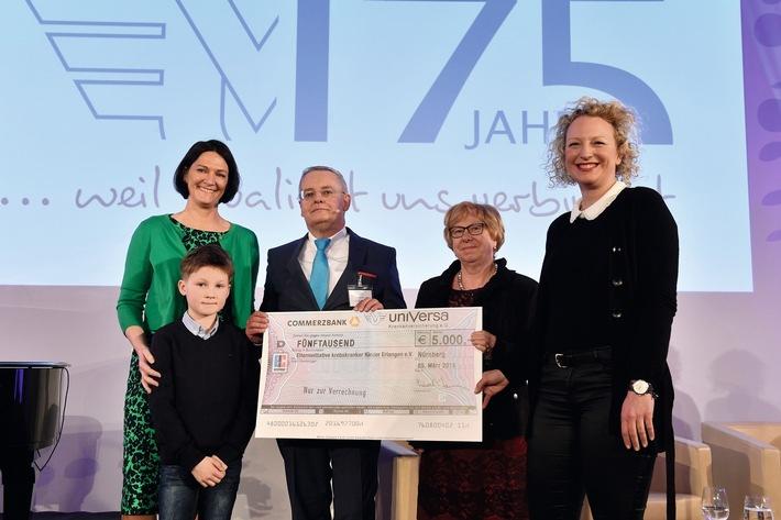 Spende für Elterninitiative krebskranker Kinder Erlangen (Foto: uniVersa - Abdruck: honorarfrei | Bildunterschrift siehe oben)