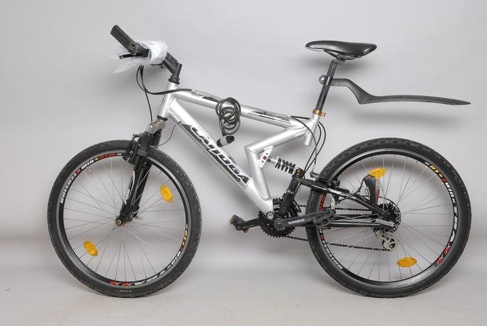 weißes Mountain-Bike
