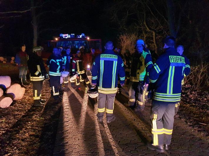 FFW Schiffdorf: Genehmigtes Feuer führt zu Einsatz