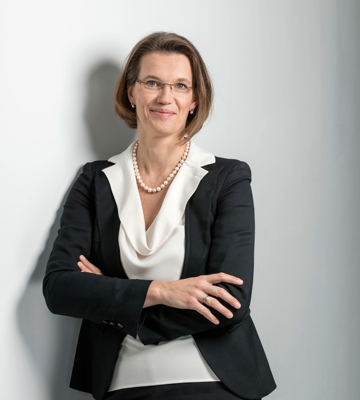 """The new CEO of HARTMANN GROUP: Britta Fuenfstueck / Please quote the source: """"obs/PAUL HARTMANN AG"""""""